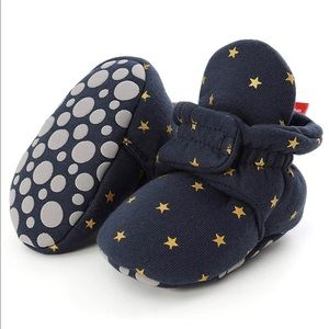 Babies non skid soft booties, navy star